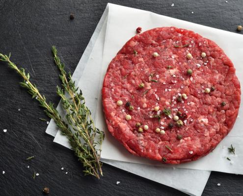 Cum se prepară corect carnea de vită pentru burgeri