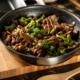 Carne de vită cu broccoli prin metoda stir fry